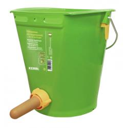 Calf suckling bucket with hygienic valve