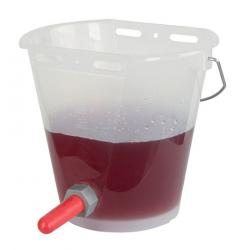 Cubo de lactancia transparente para terneros